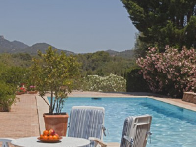 Summer holiday in Mallorca - head to these glorious One Off Places farmhouses with family and friends