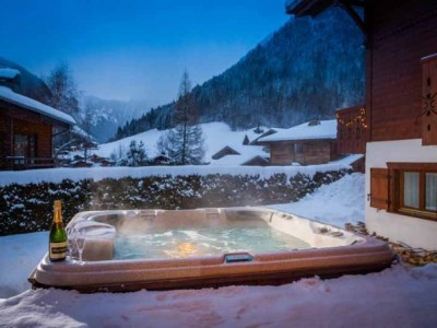 Top 5 French Ski Chalets on One Off Places