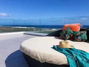Luxury 6 Bedroom Villa with Pool 1km from the Beach in Lanzarote, Canary Islands