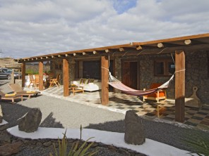 2 Bedroom Eco Barn in Canary Islands, Lanzarote, Arrieta