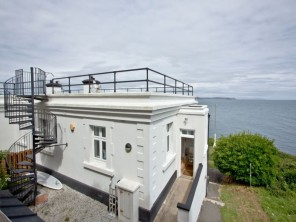 3 Bedroom Seafront Period House on Penlee Point, South Cornwall, England