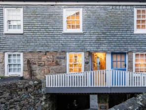 1 Bedroom Stylish Modern Cottage by the Sea in St Ives, Cornwall, England