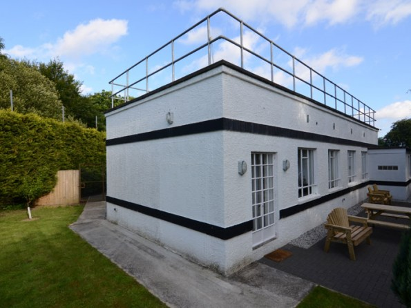 3 bedroom converted art deco house in england cornwall ladock