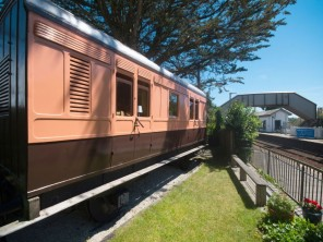 1 Bedroom Converted Train Luggage Van in St Germans, Cornwall, England