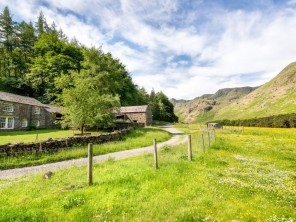4 Bedroom Farmhouse in the Grisedale Valley, Lake District, Cumbria, England