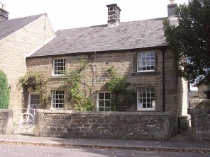 3 Bedroom Cottage in the Peak District Village of Beeley, near Chatsworth, Derbyshire, England
