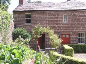 2 Bedroom Canalside Wharf Cottage near Cromford Village, Matlock, Derbyshire, England