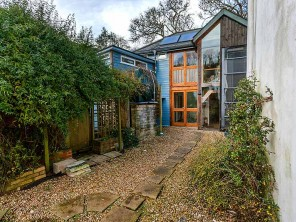 Waterside House for 2 on a Country Estate near Dittisham, Devon, England