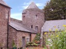 1 Bedroom Romantic Castle Apartment in England, Devon, Tiverton
