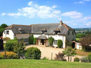 6 Bedroom Country House in the Axe Valley near Lyme Regis, Dorset, England