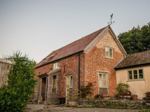 2 Bedroom Countryside Cottage near the Sea at Charmouth, Dorset, England