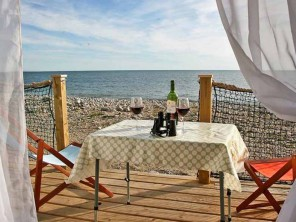 1 Bedroom Stylish Beachfront Chalet at Monmouth Beach, Lyme Regis, Dorset, England