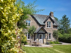 3 Bedroom Country Estate Cottage in England, Herefordshire, Lyonshall