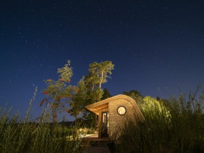 Hazel Lodge Luxury Eco Pod with Hot Tub near Hay on Wye, Herefordshire, England