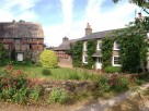 9 Bedroom Contemporary Farmhouse near Hay-on-Wye on the Herefordshire / Wales border