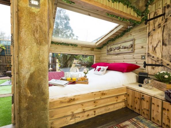 Secret Garden: 1 Bedroom Cosy Cabin With Private Hot Tub In A Secret