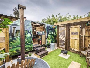 Romantic Converted Camper Van for 2 with Private Hot Tub near Blean, Kent, England