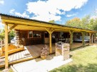 2 Bedroom Honey Tree Lodge with Treehouse Snug, Sauna and Hot Tub in Blean, Kent, England