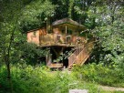 1 Bedroom Luxurious and Romantic Treehouse near Bath, Somerset, England