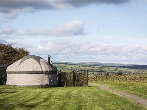 Elderflower Yurt with Hot Tub on a Glampsite in the Staffordshire Moorlands, England