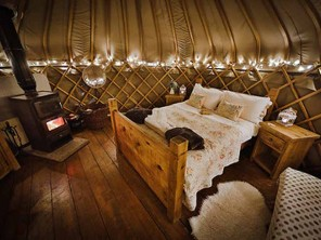 Rosehip Yurt with Hot Tub on a Glampsite in the Staffordshire Moorlands, England
