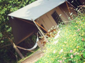 Meadowsweet Luxury Lodge Tent for 6 near Woodbridge, Suffolk, England
