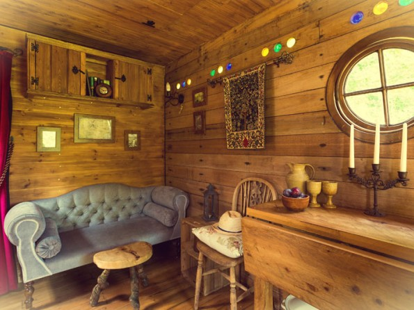 Loo and shower Gateway Interior Interior. 1 Bedroom Hobbit Style Horse Box in England  Suffolk  Nr