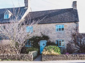 2 Bedroom Luxurious Cottage in Long Compton, Oxfordshire, England