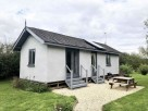 1 Bedroom Luxury Straw Bale Buttercup Cabin Eco Retreat near Howden, Yorkshire, England