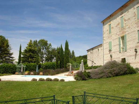 7 bedroom stone country house in france aquitaine for Maison en aquitaine