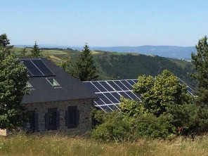 3 Bedroom Off Grid Guesthouse in Chastel, Auvergne, France