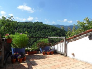 2 Bedroom Valley View Gite near Castelnau Durban, Midi-Pyrenees, France