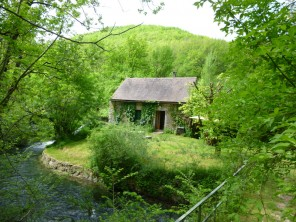 2 Bedroom Secluded Watermill in France, Midi-Pyrenees, Cajarc