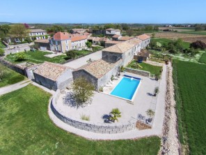 3 Bedroom Family Friendly Gite in a Former Priory near Jarnac, Charente, France