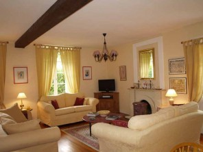 3 Bedroom Traditional Charentais House with Shared Pool near Cognac, Charente-Maritime, France