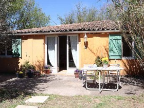 1 Bedroom Poolside Studio in France, Provence-Cote d`Azur, Salernes