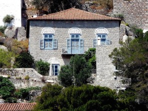 3 Bedroom 18th Century House in Greece, Saronic Islands, Hydra Harbour