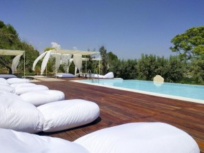 8 Bedroom Villa Al Mare with Infinity Pool in San Benedetto del Tronto, Le Marche, Italy
