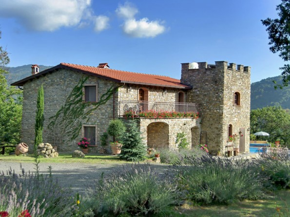 4 Bedroom Traditional Stone House In Italy  Tuscany