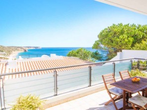 3 Bedroom Sea View Villa with Pool in Salema, Algarve, Portugal