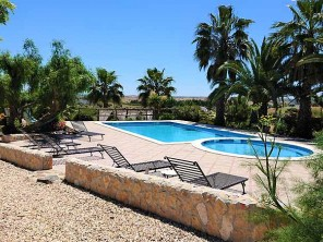 2 Bedroom Country House with Pool in Castro Verde, Alentejo, Portugal