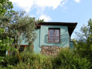 2 Bedroom Offgrid Riverside Farm Accommodation in  Serra da Estrela, Central Portugal