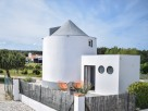 Charming B&B with Converted Windmill, Costa da Prata - Silver Coast, Obidos