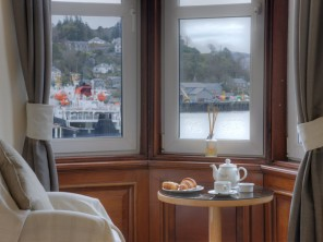 3 Bedroom Waterfront Apartment in the Heart of Oban, Argyll, Scotland