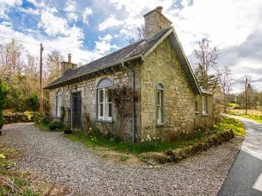 2 Bedroom Former Castle Gate House in the Queen Elizabeth Forest, Aberfoyle, Stirling, Scotland