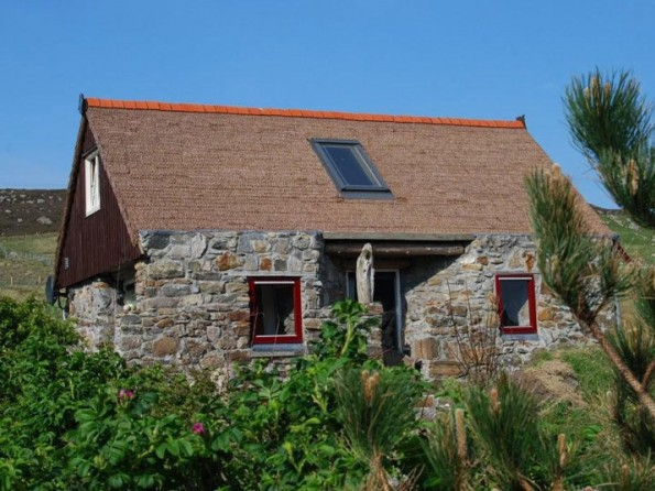 Romantic Stone Eco Cottage In Scotland Outer Hebrides