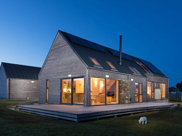 2 Bedroom Luxurious Longhouse On The Isle Of Lewis