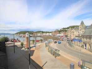 2 Bedroom Apartment with Sea Views in the Heart of Oban, Argyll, Scotland