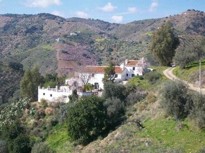 5 Bedroom Farmhouse with Pool & Large Grounds near Comares, Andalucia, Spain