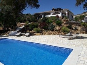 4 Bedroom Villa with Pool and Mountain Views near Alozaina, Andalucia, Spain